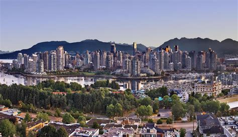 pictures of downtown bc tourism vancouver official source of tourist information