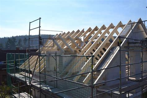 Dachkonstruktion Satteldach by Dachkonstruktionen Zimmerei Dachdeckerei Klempnerei