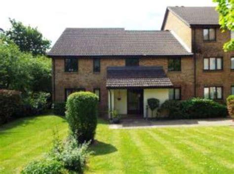 one bedroom flat croydon 1 bedroom flat for sale in pennycroft pixton way forestdale croydon cr0