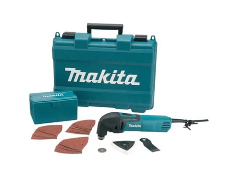 Multi Cutter Makita makita tm3000cx4 2 240v multi tool cutter and 33 accessories
