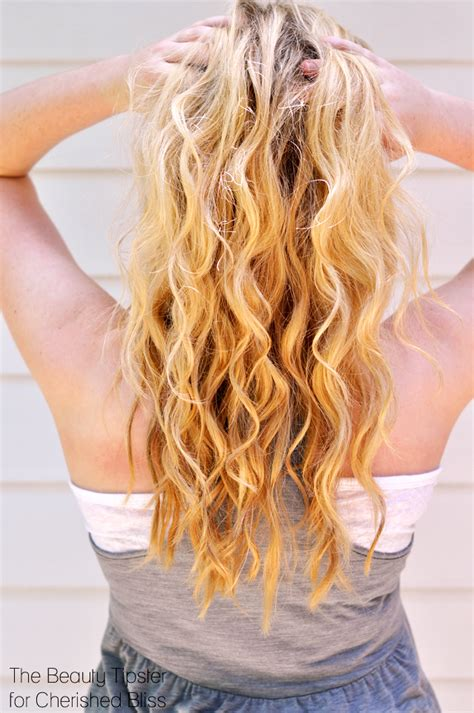 beachy waves for short gair with remington wand how to get beach waves with a curling wand cherished bliss