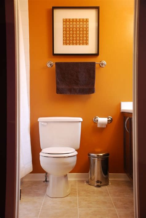 painting ideas for small bathrooms