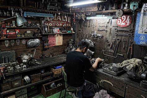 Handcrafted Shop - 1000 images about garage on motorcycle garage