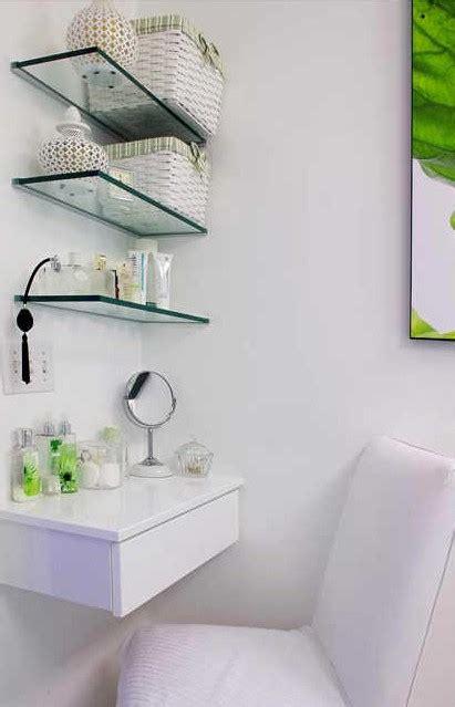 Small Glass Shelves For Bathroom The Right Spots To Mount The Gorgeous Glass Bathroom Shelves Home Design Ideas Plans