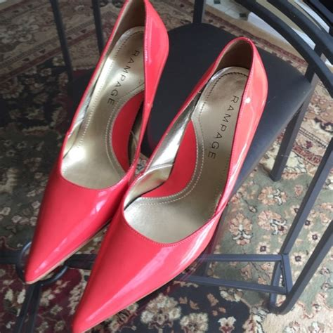 salmon colored shoes 70 rage shoes rage salmon colored pumps from