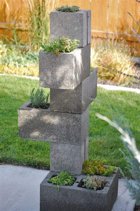 cinder blocks  garden  outdoor design outdoorthemecom