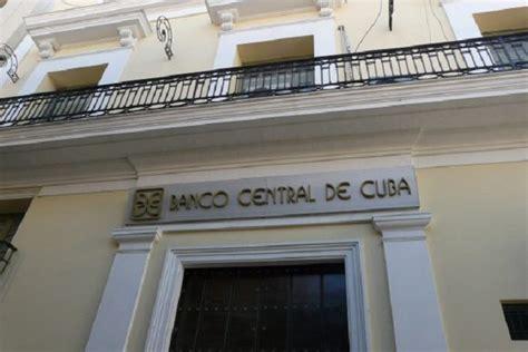 banco de cuba cambio cubana dinero por todas partes efectivos y documentos