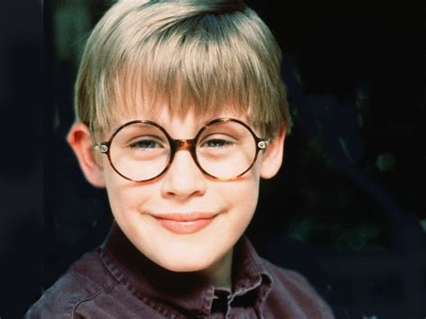 home alone actor earnings macaulay culkin net worth 2017 2016 bio wiki renewed