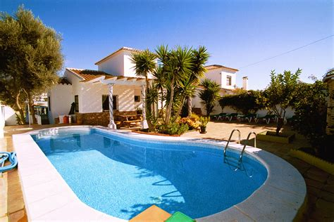 houses with pools modern white nuance of the beautiful homes with pools that