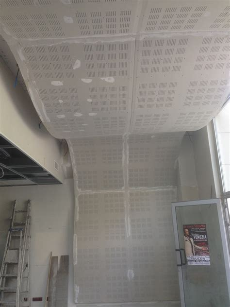 Isoler Un Plafond Suspendu by Isoler Phoniquement Un Plafond Daiit