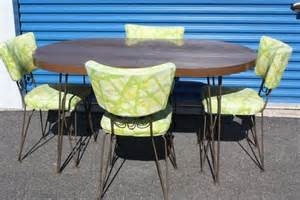 1960 Kitchen Table And Chairs 1960 S Kitchen Table With 4 Chairs My Kitchen Dining Room Dining Sets