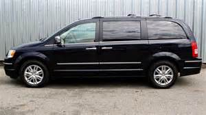 2010 Chrysler Town Country 2010 Chrysler Town And Country Information And Photos