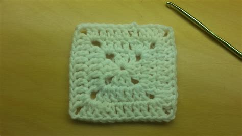 Youtube Tutorial Crochet Granny Square | learn to crochet this basic granny square free tutorial