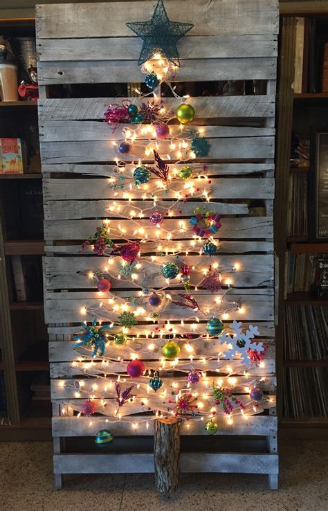 christmas decorations made from wood pallets top 20 pallet tree designs to pursue homesthetics inspiring ideas for your home
