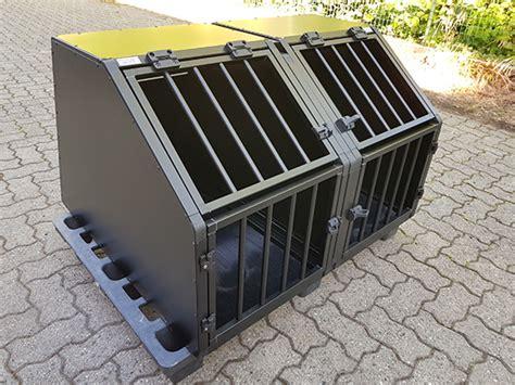 cassette per trasporto cani esempi di gabbie per cani realizzate su misura