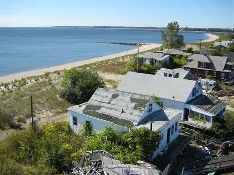 abandoned town in ct 10 creepy ghost towns and modern ruins of the united