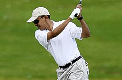 obama golf swing after a week of scandal and lies obama goes golfing