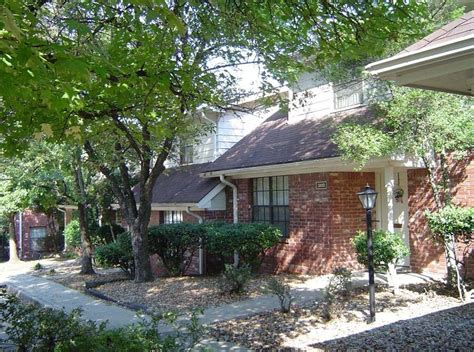 Oakwood Gardens Apartments by Oakwood Gardens Rentals Fort Smith Ar Apartments