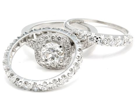 platinum and white gold vs silver for your engagement ring