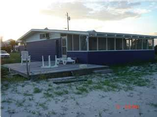 boat lift for rent navarre beach home for rent located on the canal with boat