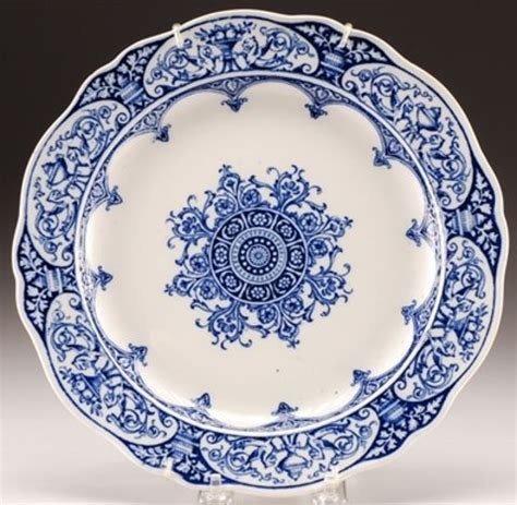blue pattern crockery i need blue and white china house interior pinterest