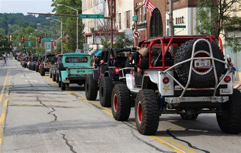jeep parade jeep parade record smashed offroaders com