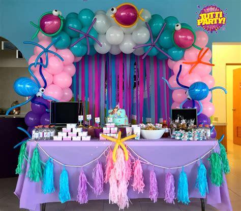 Decoracin De Servilleteros Para Bautizo Tutti Contenti Decoraciones Decoracion Para Bautizos by Mermaid Arch Balloons Pastel Colores Mermaid Ideas Sweet Decorations Decoraci 243 N