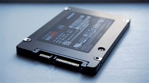 samsung 860 evo review improved endurance but just as fast as the 850 evo rock paper