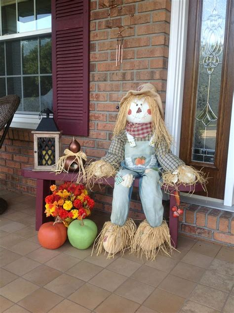 Scarecrow Garden Decor 333 Best Images About Fall Decor On Pinterest Fall Front Doors Pumpkins And Decorating Ideas