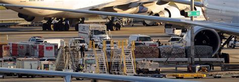 air cargo terror plot exposes weak link in security the new york times