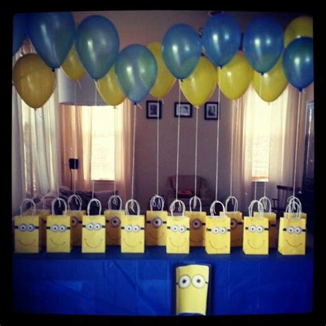 theme google minions balloons party bags yellow blue party minion
