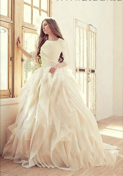 Silk Gown Wedding by 1000 Ideas About Princess Gowns On