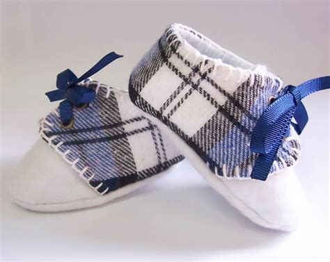 sapatinhos de beb on pinterest shoe pattern baby shoes and 897 best images about sapatinhos de beb 202 s on pinterest