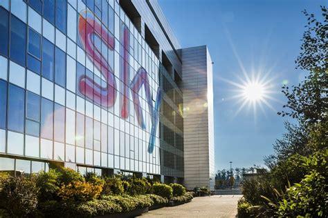 sede sky sky italia presenta il piano di riorganizzazione con il