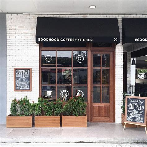shop exterior doors best 25 cafe exterior ideas on