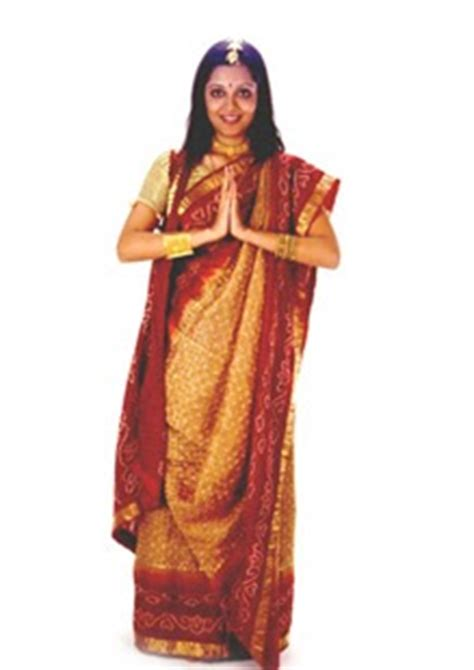 different types of hairstyles in saree smahetas different styles of wearing a saree