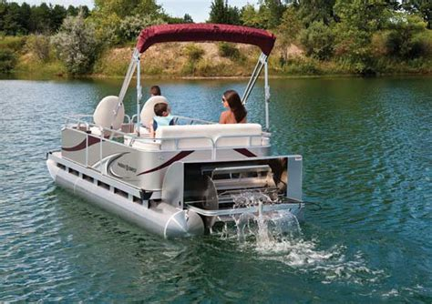qwest paddle boat for sale paddle qwest 616 family cruise boating world