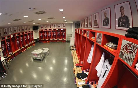 Changing Room Live by Bayern Munich 3 2 Barcelona Uefa Chions League