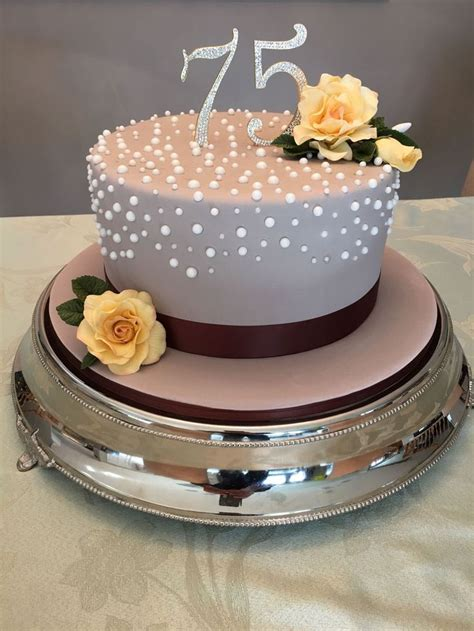 This Is A Cake by Best 25 Birthday Cakes Ideas On Pretty