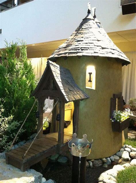 outdoor dog houses ideas  pinterest outdoor