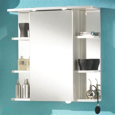 Badezimmer Spiegelschrank by Sch 246 Ne Badezimmer Fliesen Mit Bad Spiegelschr 228 Nke Mit