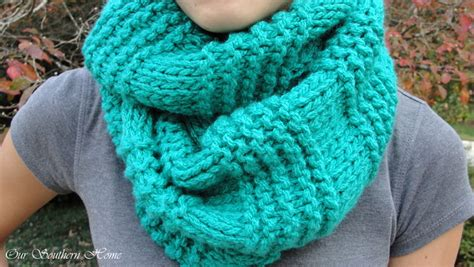 pattern for knitting an infinity scarf quick easy knitted infinity scarf our southern home