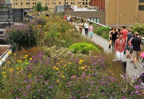 Line Gardens by The High Line Manhattan S Elevated Garden Park