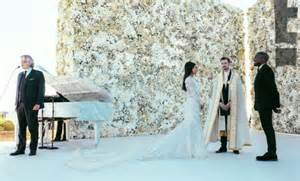 New Photos Released From Kim And Kanye S Wedding Photos