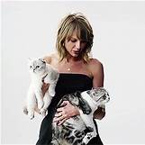 Taylor Swift Meredith Tumblr | 268 x 268 animatedgif 2621kB