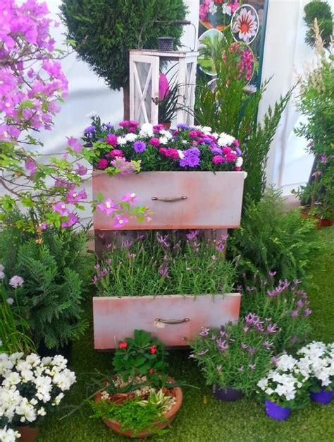 Things To Use As Planters by Creative Ways To Turn Drawers Into Planters Recycled