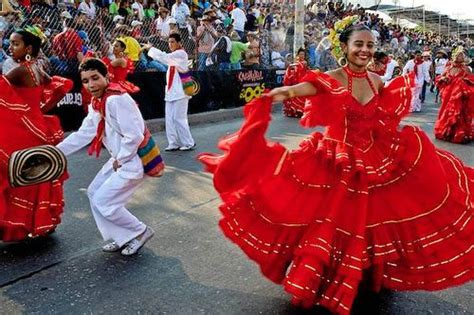 traditional colombian dress south american culture in