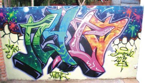 imagenes urbanas graffitis nombre julian los graffitis ganan la calle ciudad e inclusi 243 n social