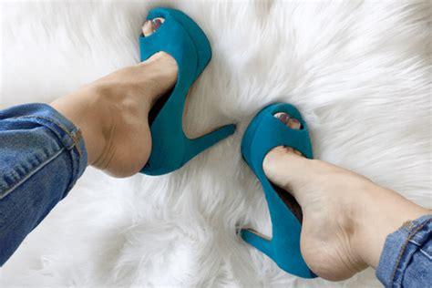 beli sepatu  tapi kekecilan  trik  bikin sepatu