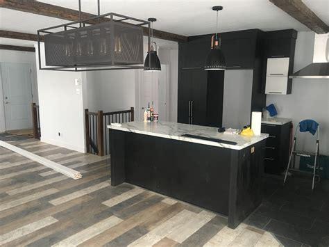 cuisine plancher bois de grange construction d st onge